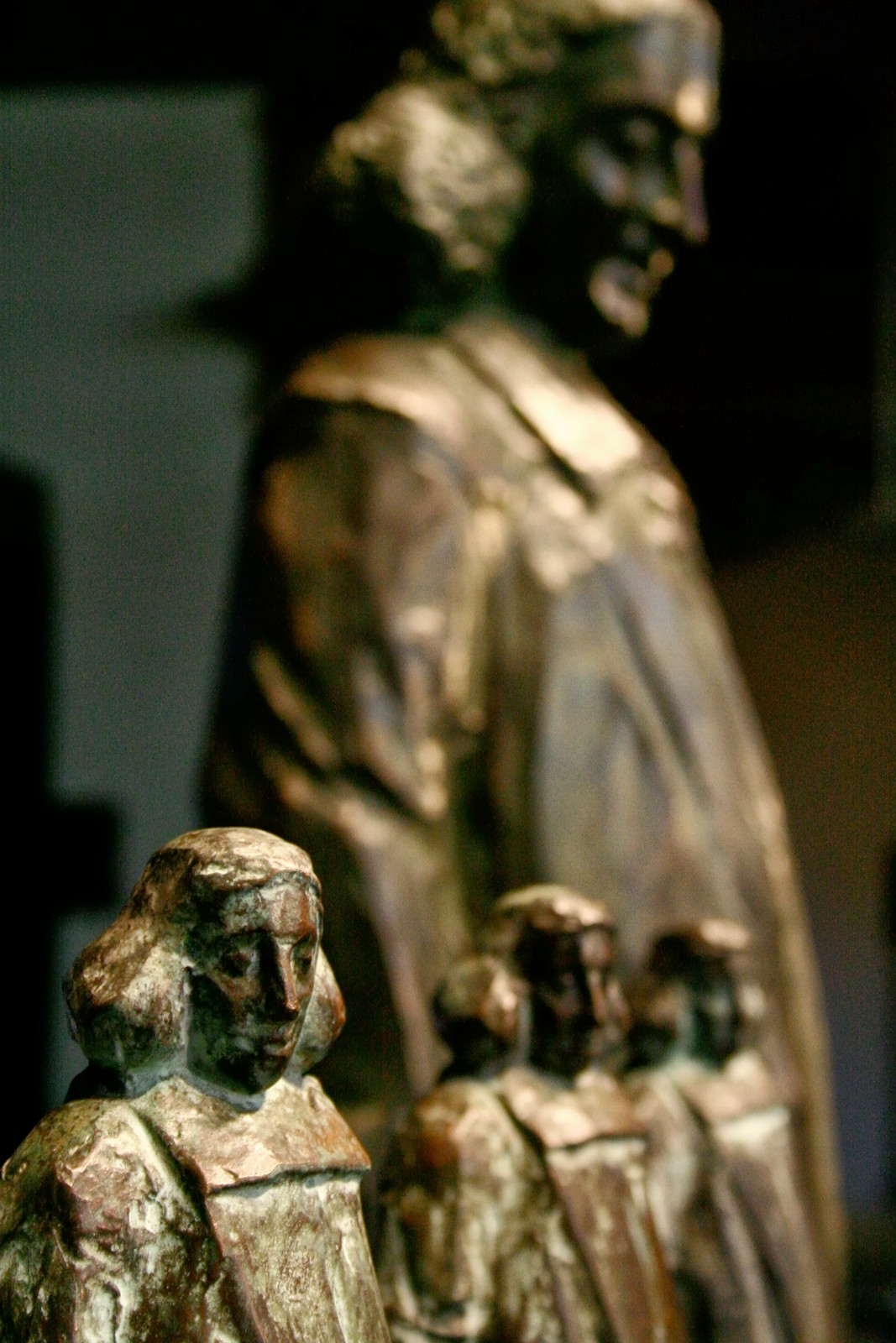 the Spinoza statues